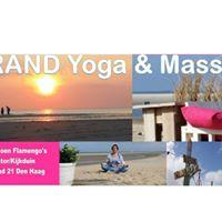 Yoga &amp Massage op het strand