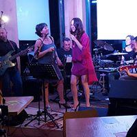 HB Unplugged Band Live