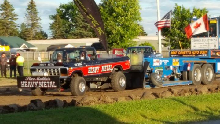 Washburn Rotary Truck Pulls 2017 at Northern Maine Fair ...
