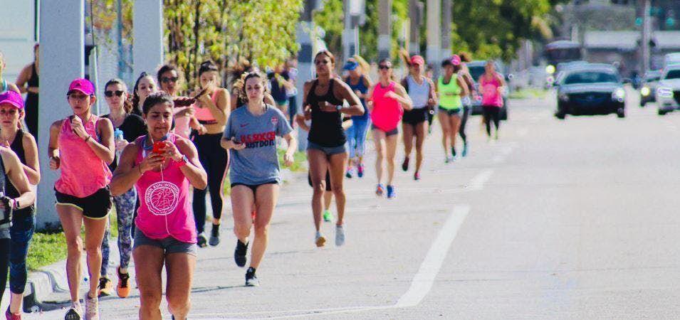Women RUN Wynwood - 5k RUN - Valentines Edition