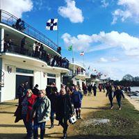 St Johns Boat Club Does Summer VIIIs