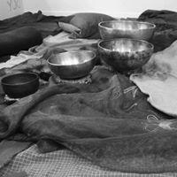 Tra Dee e Campane Tibetane