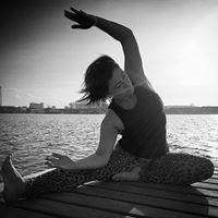 Lrdagstrning - sknt mix af yoga pilates og pulsstyrke - opstart i uge 43