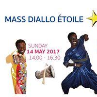 Mass Diallo toile - Workshop Sabar - Haarlem