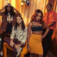 Rock &amp Wrap It Up Benefit - NY Giants