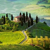 Aromas of Tuscany Tour - small groups fine food and wines