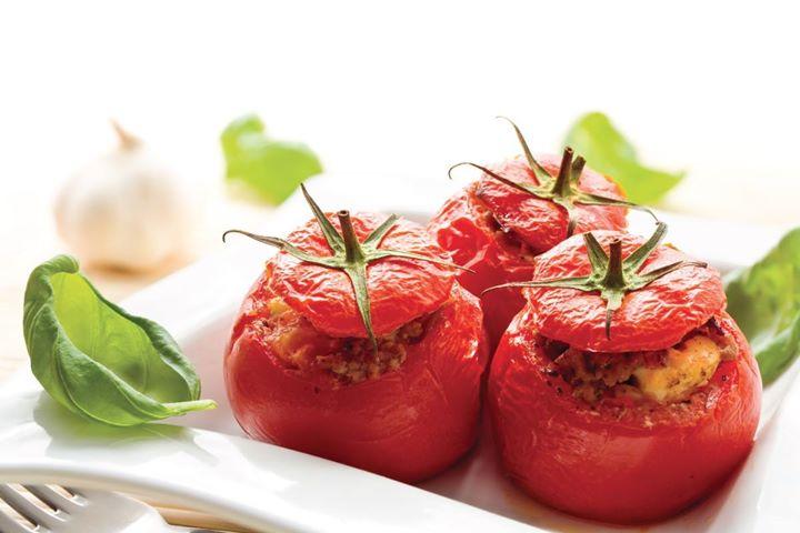 cours de cuisine pour enfants - tomates farcies at brasserie du