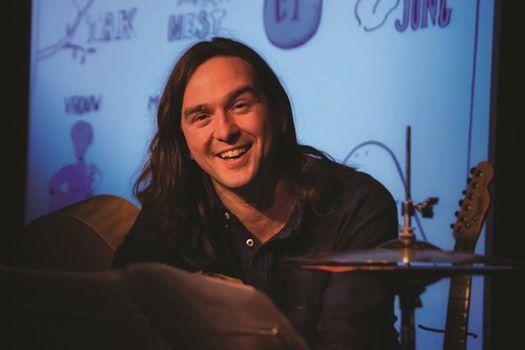Tom Clement - Tom zingt taal