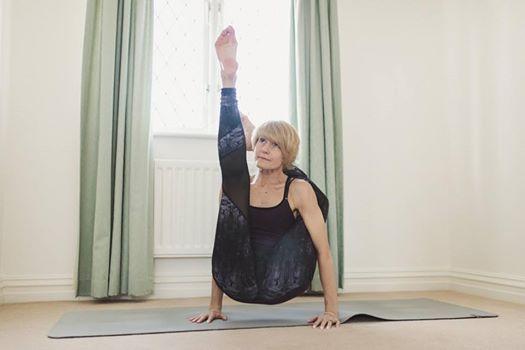 Ashtanga Vinyasa Yoga con Sandra Howling