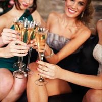 Prosecco and Party Dress Night with fashion show