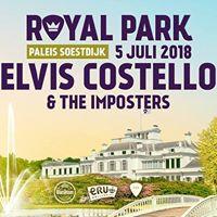 Elvis Costello op Royal Park Live