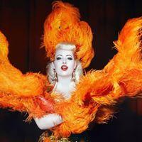 Workshop Burlesque &quotDea ad alto voltaggio&quot con Angelina Angelic