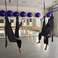 Flying Yoga Mandag - Studio Nille dagtid