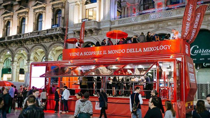 Aperitivo In Terrazza Con Campari A Reggio Calabria At Via