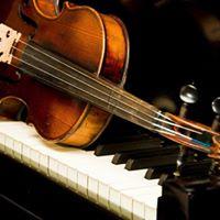 Boda religiosa acompaada por violn y piano