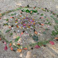 SUMMERSCHOOL Workshop Mindfull wandelen en Mandala leggen