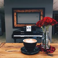 Elegant Piano over Sunday Morning Coffee at Slap Face