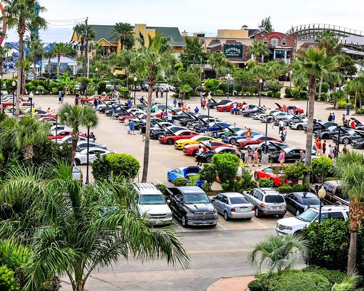 Kemah Boardwalk Mustang Car Show At Kipp Ave Kemah TX - Kemah car show