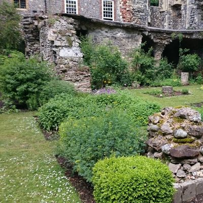 Turn End Trust Talk Canterbury Cathedral gardens and grounds through time. An afternoon and talk with Philip Oostenbrink Head Gardener