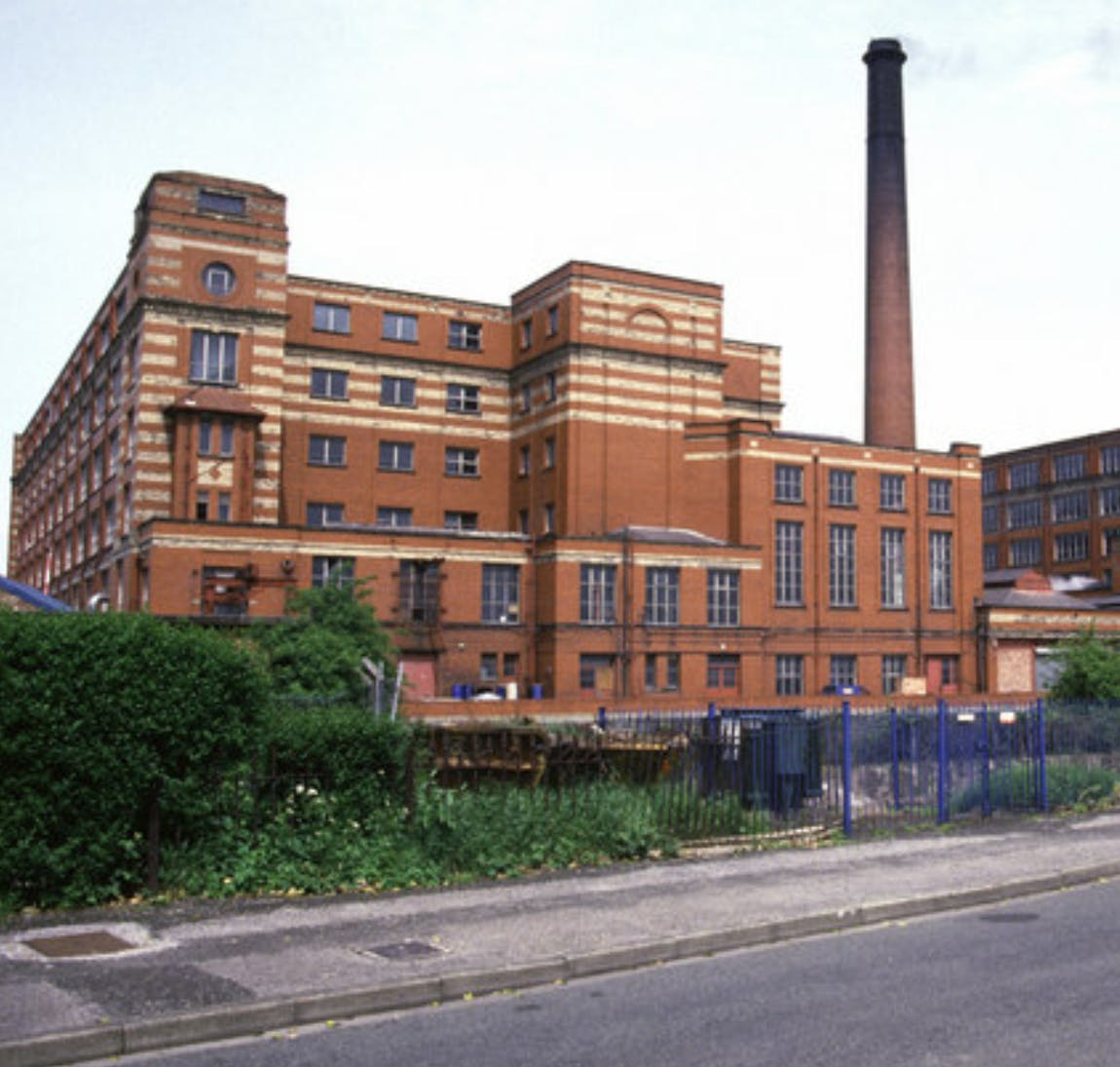 GHOST HUNT AT THE SPINNERS MILL IN LEIGH WIGAN