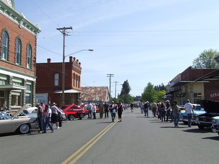 Th Annual Car Show Shine In Historic Oakland Oregon At Oakland - Oakland car show