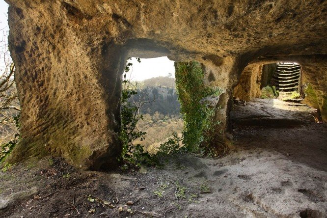 Risultati immagini per corviano grotte