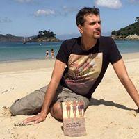 Presentacin do libro de Pedro Ramos La playa de los cristales