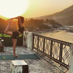 Hatha Yoga classes with Jessica Sammoun