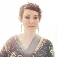 Live Music w Lauren Carder
