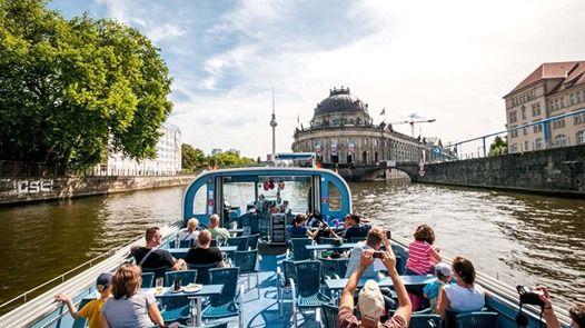 Wycieczka Berlin pomidzy mostami z Michaem Rembasem