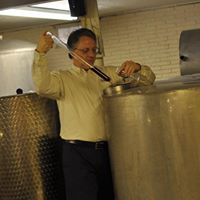 Free Winery Cellar Tours - 1230 &amp 330 (by reservation)