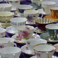 Annual Hospice Huntsville Purple Tea Party and Auction