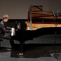 Vyacheslav Gryaznov pianist-composer