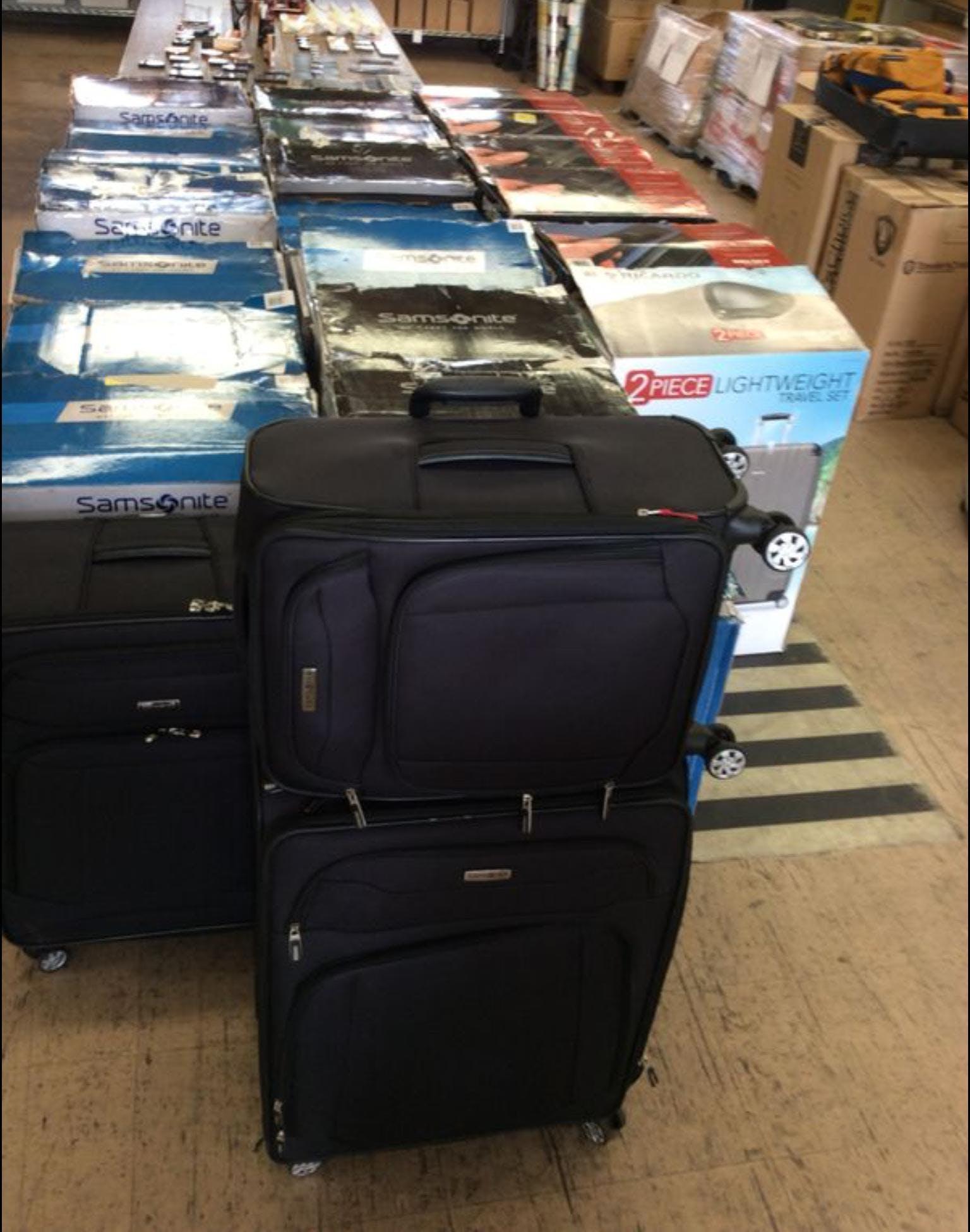 4b526240b6 Branded Luggage and Designer Handbags Warehouse Sale by 123Liquidation