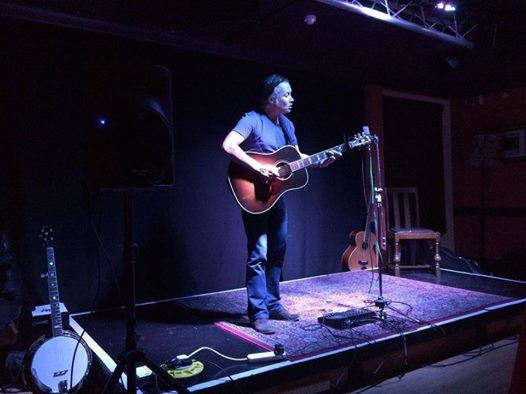 Andrew Lockwood refreshing artist bursting with original songs