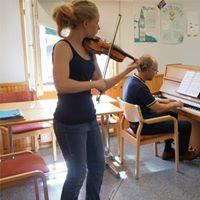Pianon sellon viulun alttoviulun ja harmonikan mestarikurssit