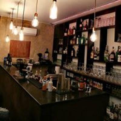 Via C.A.F Cocktail bar