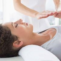 Reiki Level 1 Certification -Usui Method w Reiki Master Olivia