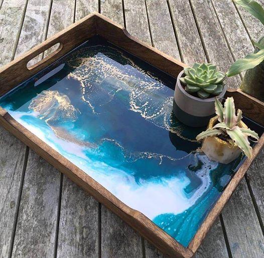 Resin Art on a tray  Beginner workshop