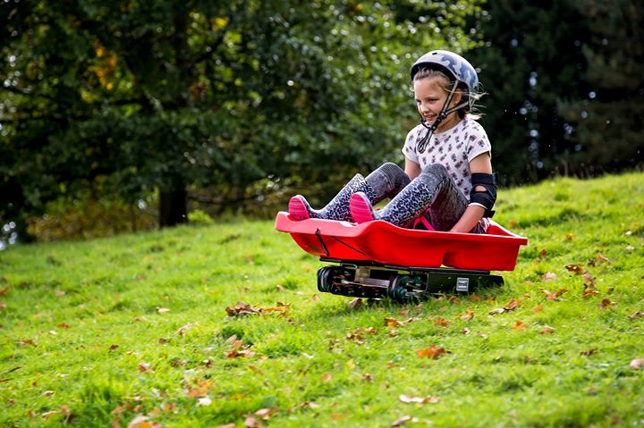 Wildfamilies grass sledging drop in at Wolseley