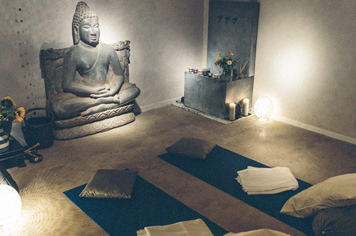 Mindfulness & MediYoga Kvllskurs