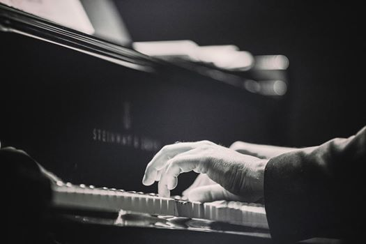 Douglas Caldwell (jazz piano) with Friends - Lunchtime Concerts