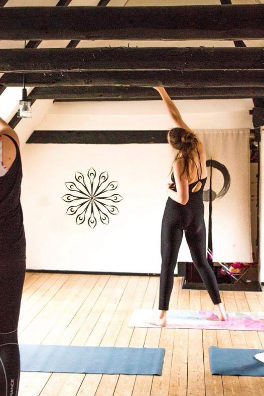 Dancing Yolates og cirkel Hvad har du brug for