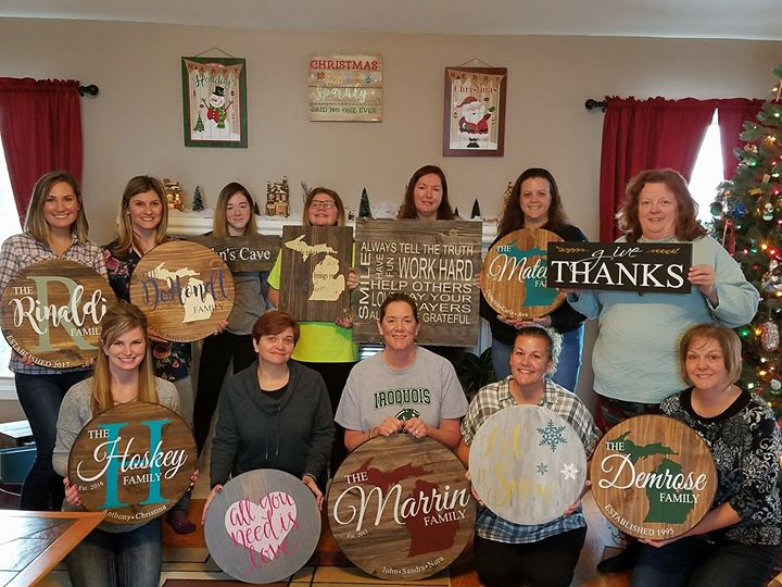 make your own custom wood sign at southern womens show memphis memphis - Southern Womens Christmas Show