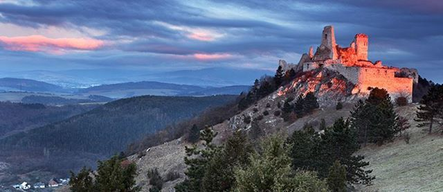 DreamTrip Castle & Winery Tour in Slovakia Bratislava