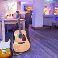 Live Music and Showcase Night