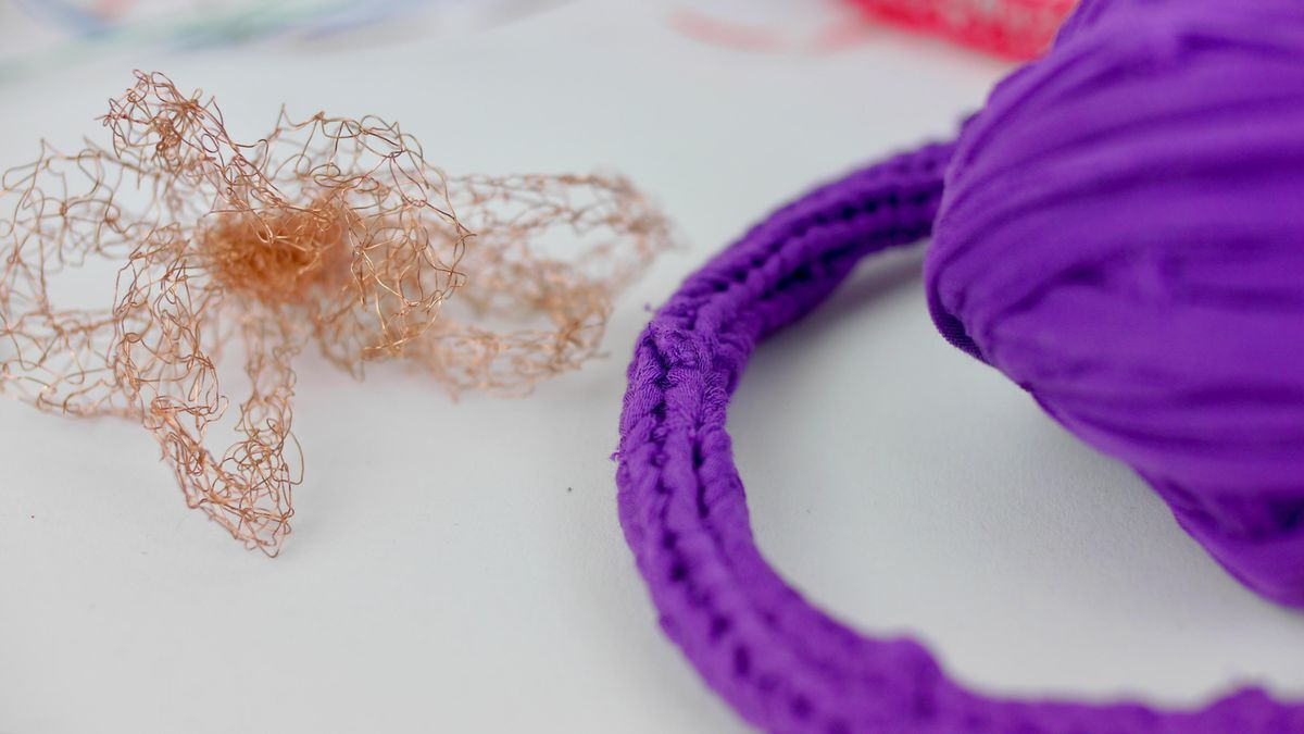 Knitted i-cord with recycled materials