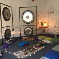 3 hour yoga asana pranayama mantra &amp one hour sound bath