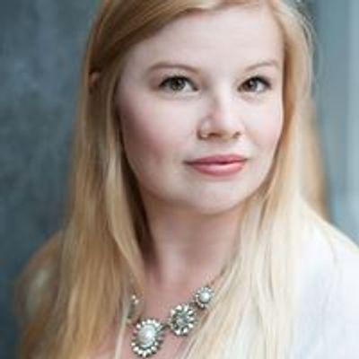 Molly Luhta, Soprano