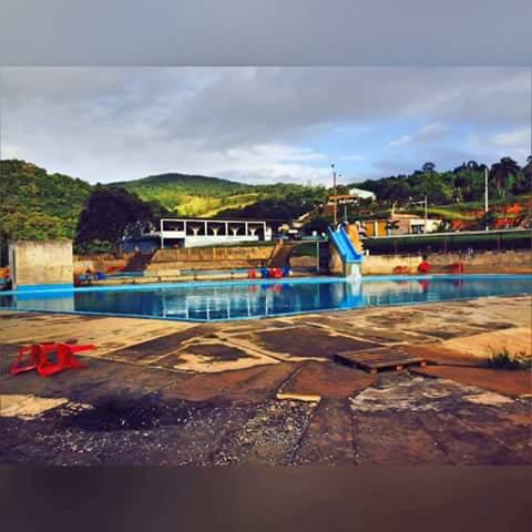 escursao para o 7 piscinas dia 1de novembro at sitio do